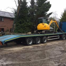 JCB 8050 off to Lincolnshire