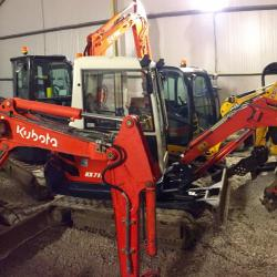 Some used JCB Kubota Hitachi Mini Digger for sale